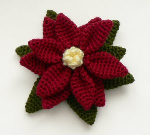 cro poinsettia pin 1013